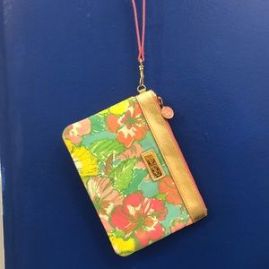 Lilly Pulitzer wristlet. Excellent condition